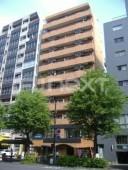 ニューライフ新宿参番館(新宿三丁目)の外観